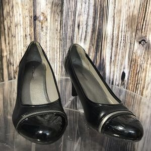 Pumps by Naturalizer size 6M